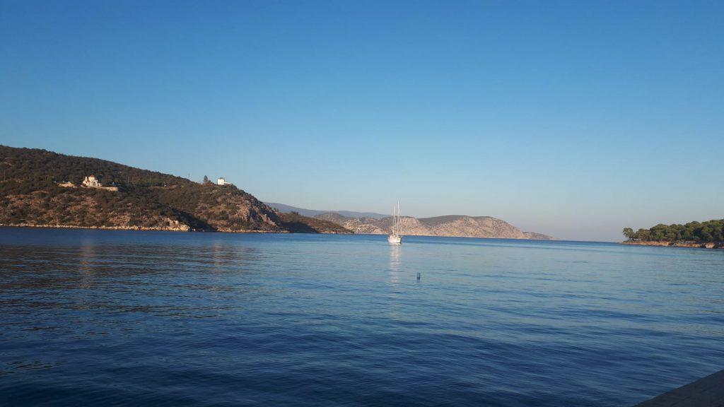 פלוטילת משפחות במפרץ הסארוני, יוון, 2019
